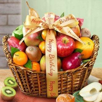 Корзина с мандаринами, яблоками и киви
