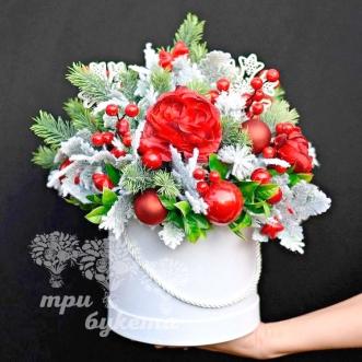 cvety-na-novyj-god-v-korobke